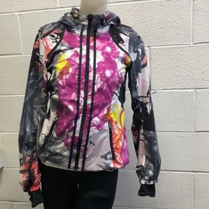Lululemon multi jacket with hood, sz 4, 62735